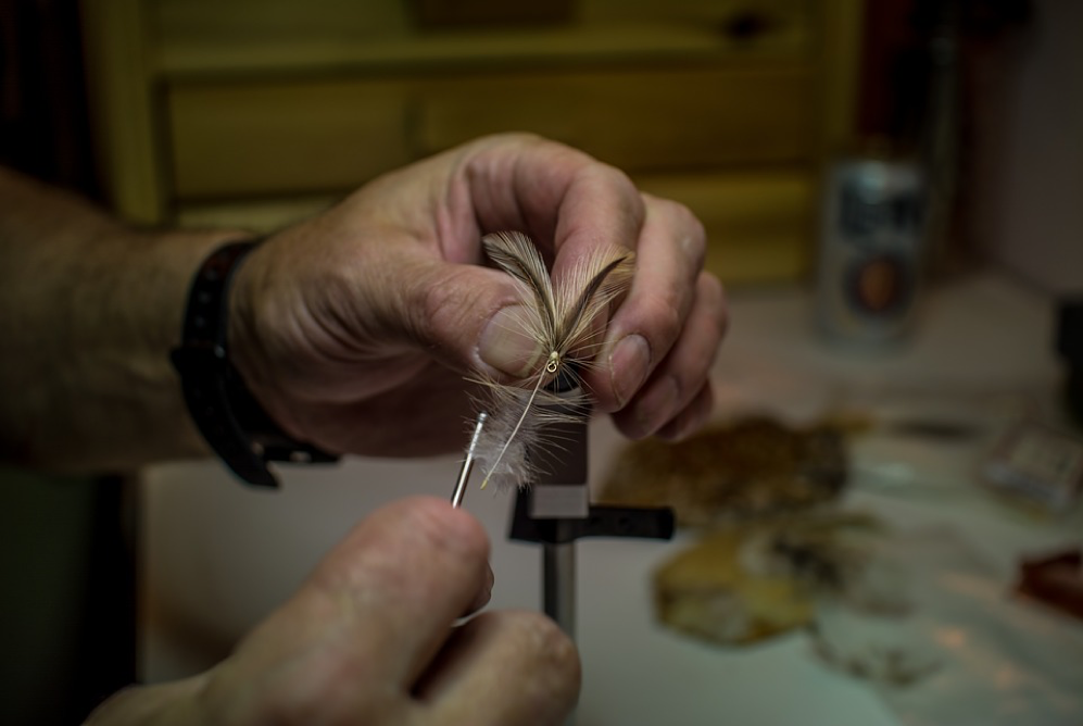 fly-fishing fly tying class